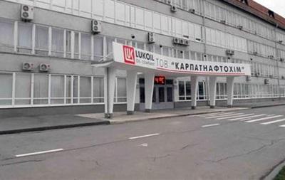 В Калуше на завод из военкомата прислали повестки умершим