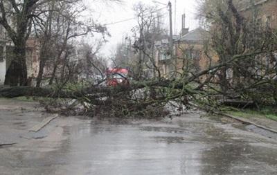 Непогода оставила без света 172 населенных пунктов