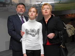 Муж Ульянченко подал Тимошенко заявление об увольнении
