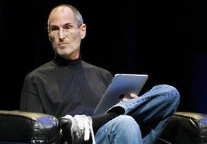 Стив Джобс ушел с поста главы Apple по состоянию здоровья