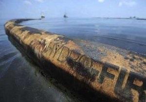Нефтяное пятно достигло главного течения Мексиканского залива и движется на Флориду