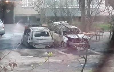 В Киеве ночью сгорели 12 автомобилей