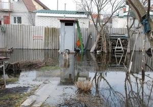 новости Киева - Бортничи - Бортническая станция - наводнение - прорыв дамбы - дамба - На Бортнической станции прорвало дамбу в неработающем отделении