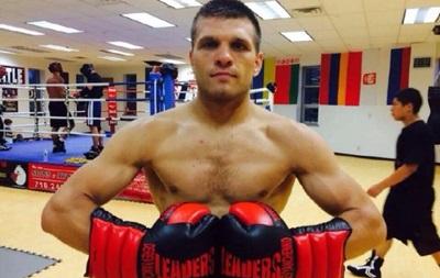 Бокс: Украинец Деревянченко избил своего мексиканского соперника
