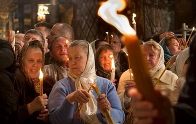 Итоги 11 апреля: Схождение Благодатного огня в Иерусалиме, ЧП над Балтикой