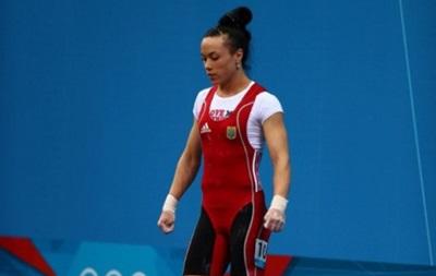 Хрупкая чемпионка: Украинская тяжелоатлетка Паратова выиграла чемпионат Европы