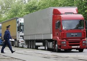 Грузовикам запретили въезд в Киев из-за жары