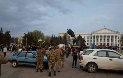 В МВД дадут правовую оценку сносу памятника Ленину в Краматорске