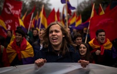 Тысячи европейцев вышли на митинги против зоны свободной торговли с США