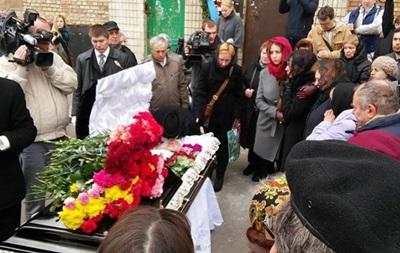 Итоги 19 апреля: Похороны Бузины, Яценюк назвал средний размер субсидий