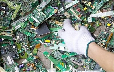 В ООН подсчитали, сколько электроники в 2014 году выбросили на свалку