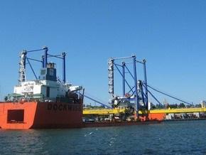 Ъ: Украина вернула причалы Ильичевского порта в госсобственность