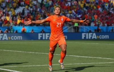 Бавария может купить нападающего сборной Голландии