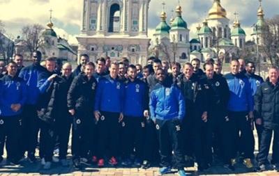Бельгийские футболисты гуляли по Киеву под песню  Хай живе вільна Україна