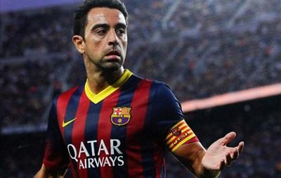 Хави сыграл юбилейный матч за Барселону