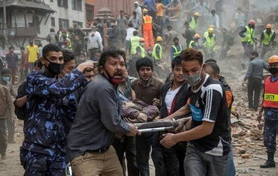В Непале число жертв землетрясения превысило 1900 человек