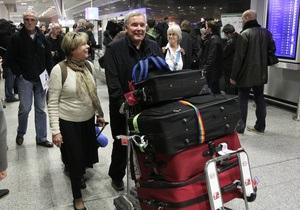 На борту самолета с украинцами из Ливии находится 163 пассажира