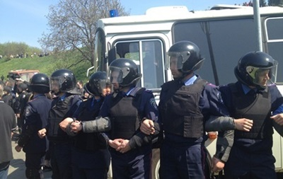 На митинге в Киеве пострадал милиционер, он госпитализирован