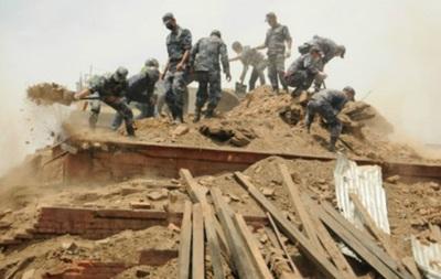 Власти Непала: выживших в землетрясении больше не найти
