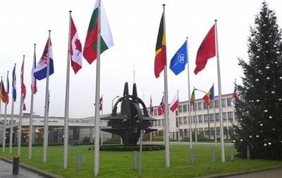 СМИ: НАТО наладит  горячую линию  с российским командованием