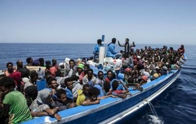 За выходные у берегов Италии спасли почти 6000 мигрантов