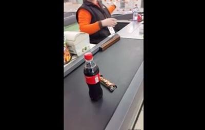В Москве Coca-Сola продают по паспортам