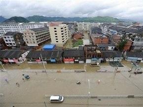 Оползень разрушил шесть жилых домов на востоке Китая