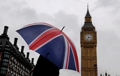 Консервативная партия получила первые мандаты в парламенте Британии