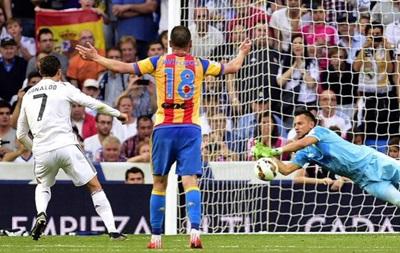 Валенсия практически лишает Реал шансов на чемпионство