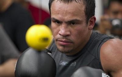 Маркес: Пакьяо должен был перенести бой с Мейвезером на сентябрь