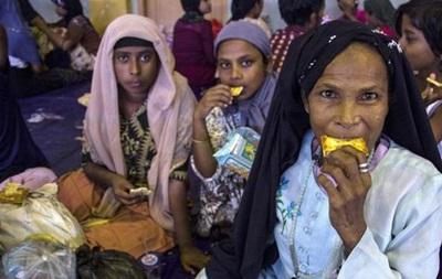 Около 1400 беженцев спасены у берегов Малайзии и Индонезии