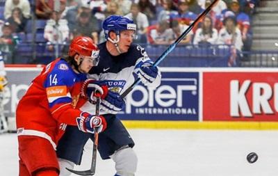 ЧМ по хоккею: Финляндия обыгрывает Россию и опускает ее на третье место