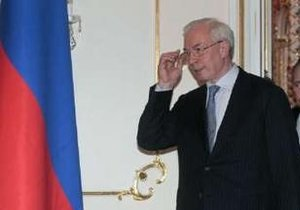 Азаров: Украина предложила повысить аренду за пребывание ЧФ РФ в Крыму