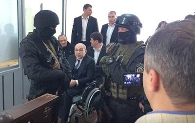 Кернеса эвакуировали из зала суда в Полтаве