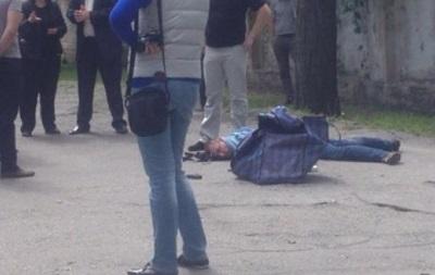 В Кременчуге грабитель, спасаясь от погони, ранил трех человек