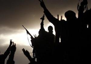 Ливия - В Ливии берберы разгромили здание парламента