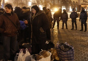 Милиция объяснила, почему демонтаж палаток на Майдане был проведен рано утром