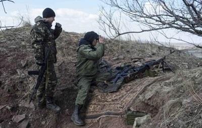 Сутки в АТО: обстрелы Счастья и бои возле Марьинки