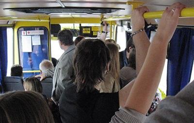 В Киеве пассажиры маршрутки устроили драку