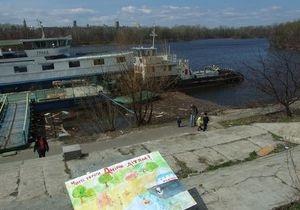 Попов распорядился благоустроить Русановскую набережную