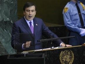 Саакашвили сравнил границу Абхазии с новой Берлинской стеной