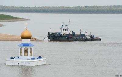 В России зам губернатора выпал из катера и пропал