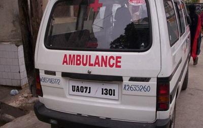 В Индии перевернулся автобус с молодоженами: шестеро погибших