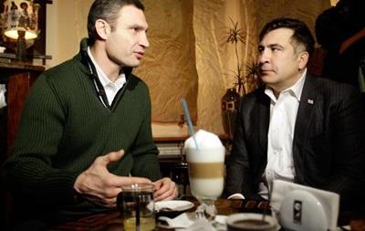 Кличко заявил, что слушает советы Саакашвили