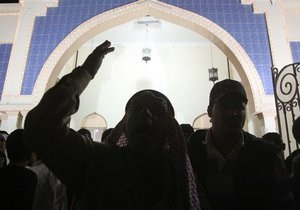 В Бахрейне арестовали всех лидеров оппозиции