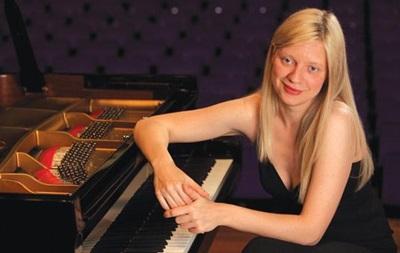 Пианистка Лисица даст концерт в Донецке