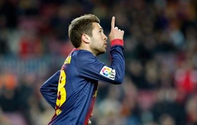 Барселона продлит контракт с защитником сборной Испании
