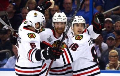 NHL: Чикаго начинает финальную серию с победы