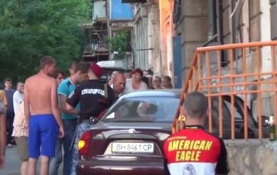 В Одессе пьяный водитель сбил пешеходов на тротуаре