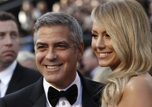 Церемония Оскар-2012: в кинотеатр Кодак начали прибывать первые гости